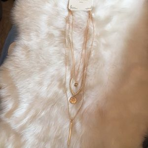 Jewelry - Ⓜ️3 layers gold necklace